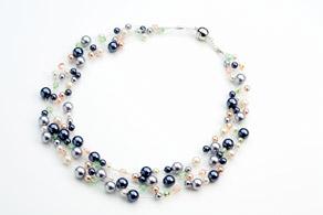 Collier de perlés